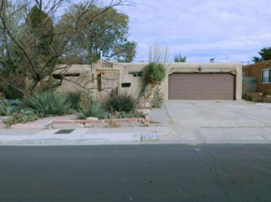 9707 Woodland Avenue NE, Albuquerque, NM 87112