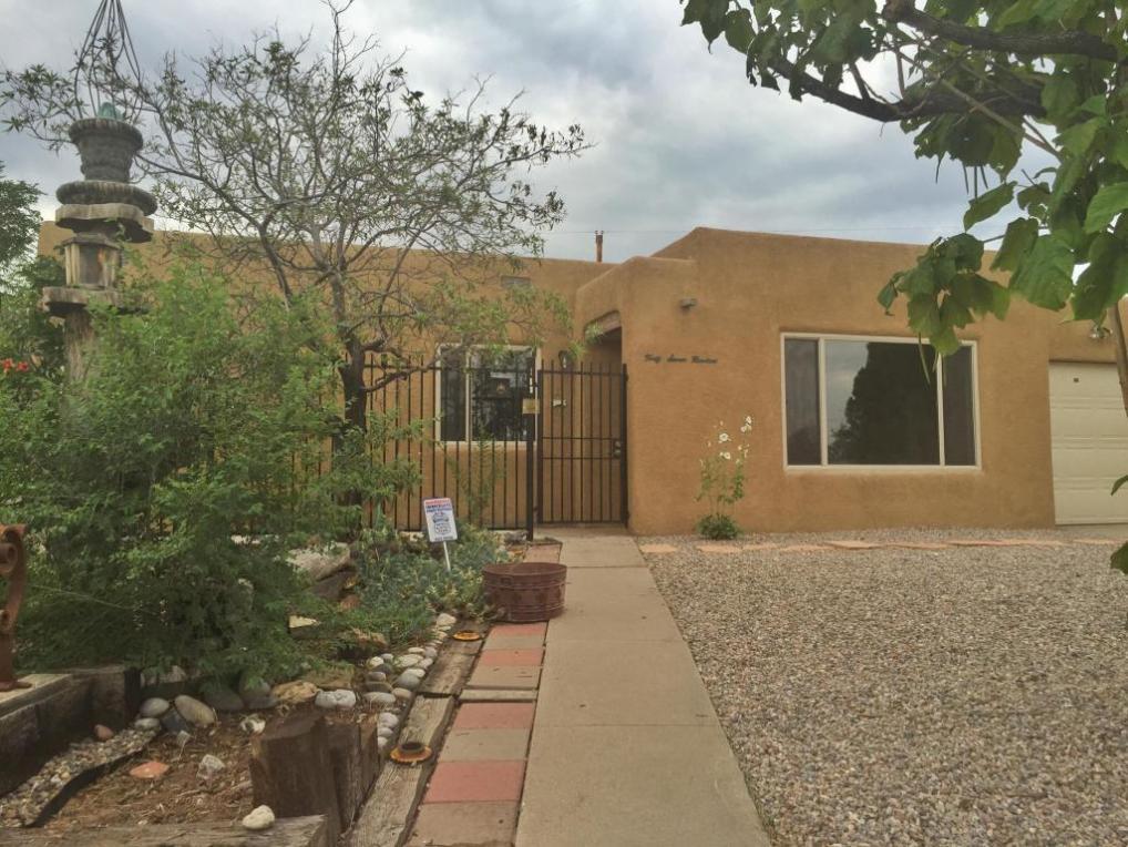 4700 Burton Avenue SE, Albuquerque, NM 87108