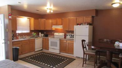 401 Hazeldine Avenue SW #A, Albuquerque, NM 87102