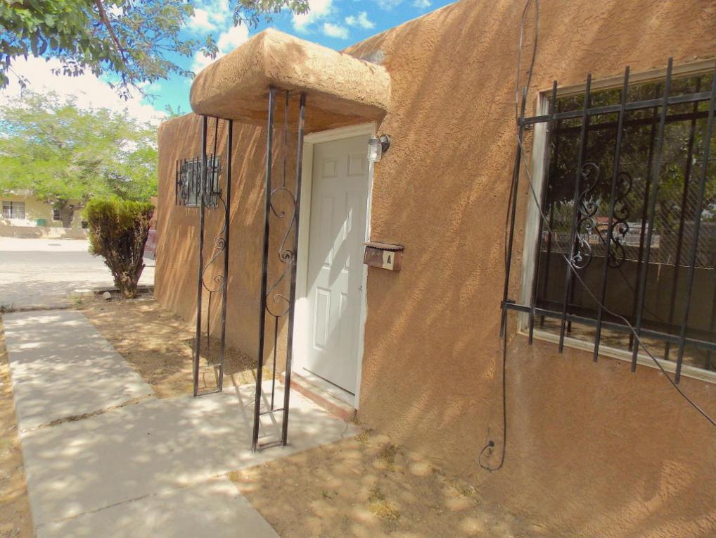328 Utah Street NE, Albuquerque, NM 87108