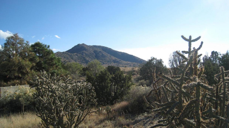 1701 Soplo Road SE, Albuquerque, NM 87123