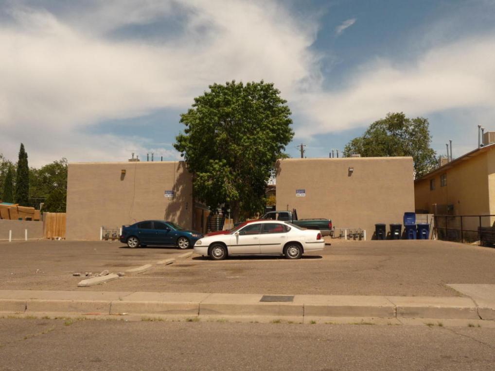 502 Utah Street NE, Albuquerque, NM 87108