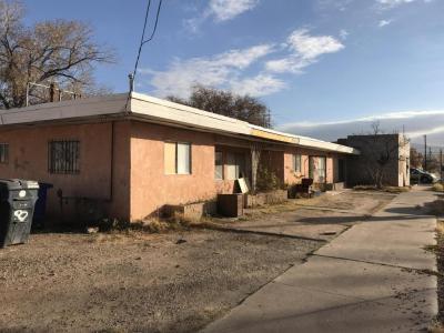 Photo of 601 Bellamah Avenue NW, Albuquerque, NM 87102