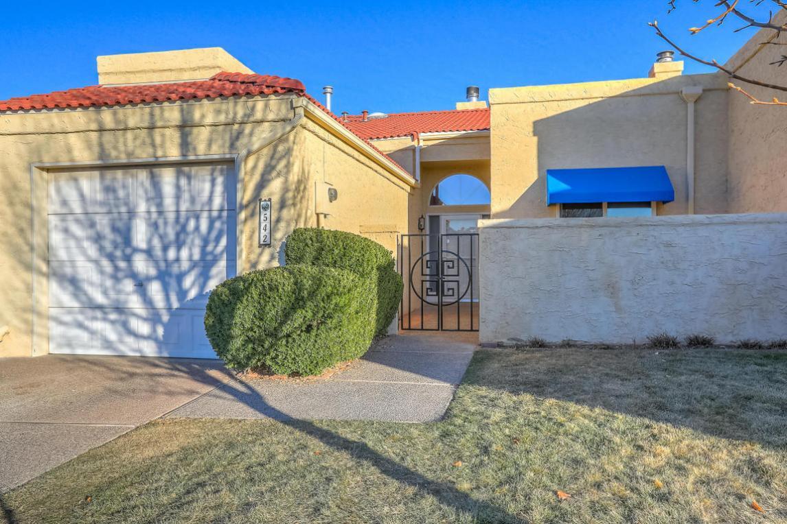 542 Eastlake Drive SE, Rio Rancho, NM 87124