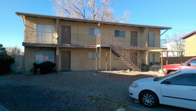 10789 Towner Avenue NE, Albuquerque, NM 87112