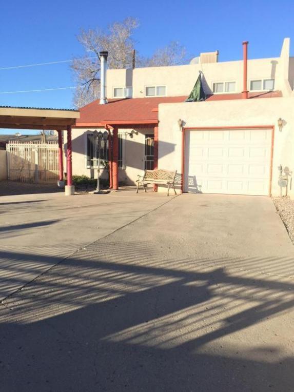1209 Aztec Road NW, Albuquerque, NM 87107