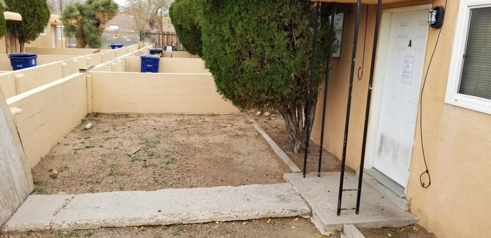 604 Alcazar Street SE, Albuquerque, NM 87108