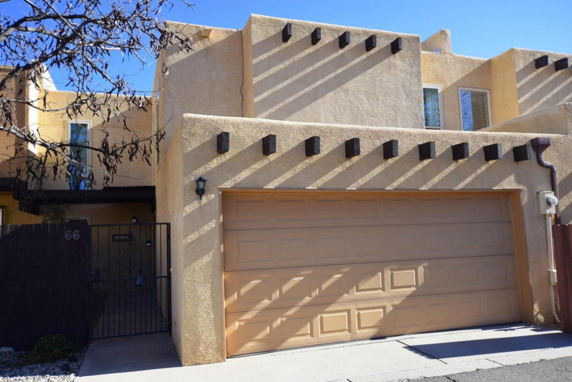 66 Calle De La Noche Boulevard NE, Albuquerque, NM 87109
