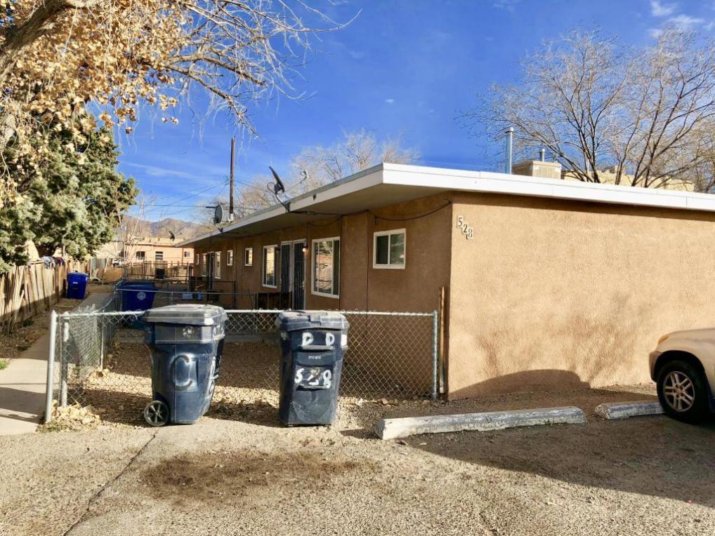 528 Vermont Street NE, Albuquerque, NM 87108