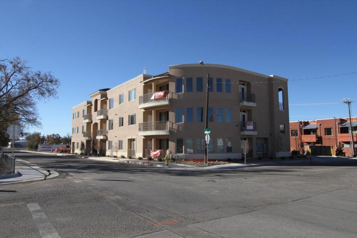 321 Jefferson Street SE, Albuquerque, NM 87108