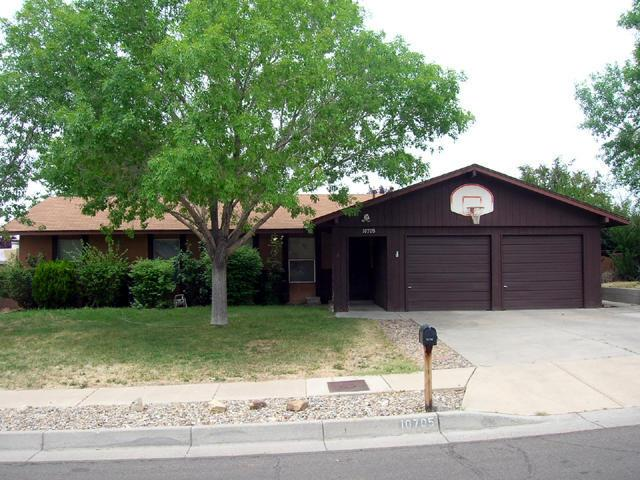 10705 Lowe Street NE, Albuquerque, NM 87111