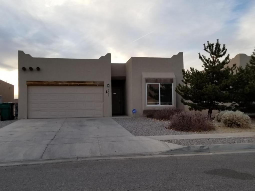3521 Old Mill Drive NE, Rio Rancho, NM 87144