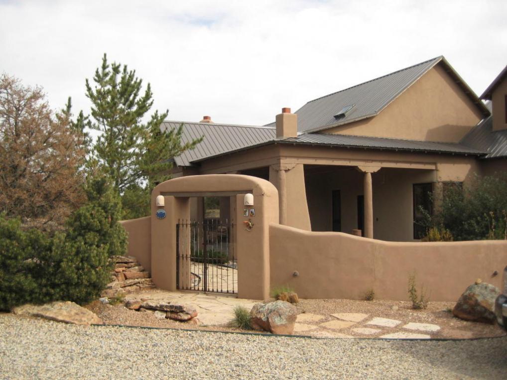 14 Via Entrada, Sandia Park, NM 87047
