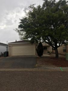 2504 Stallion Loop SE, Rio Rancho, NM 87124