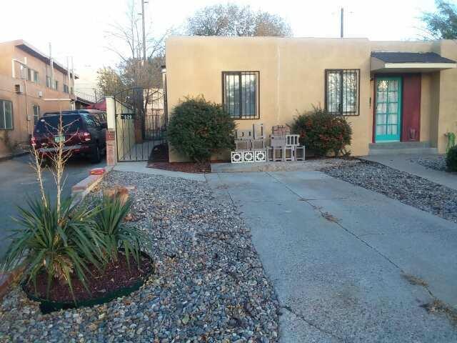 520 Vassar Drive SE, Albuquerque, NM 87106