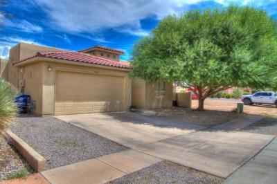 Photo of 320 Manuel Sanchez Place SW, Albuquerque, NM 87105