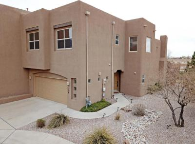 Photo of 8700 Desert Fox Way NE, Albuquerque, NM 87122