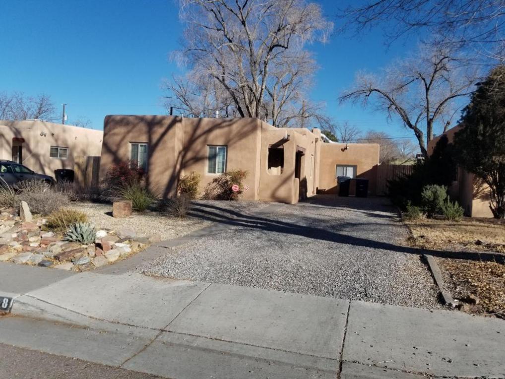 408 Aliso Drive NE, Albuquerque, NM 87108