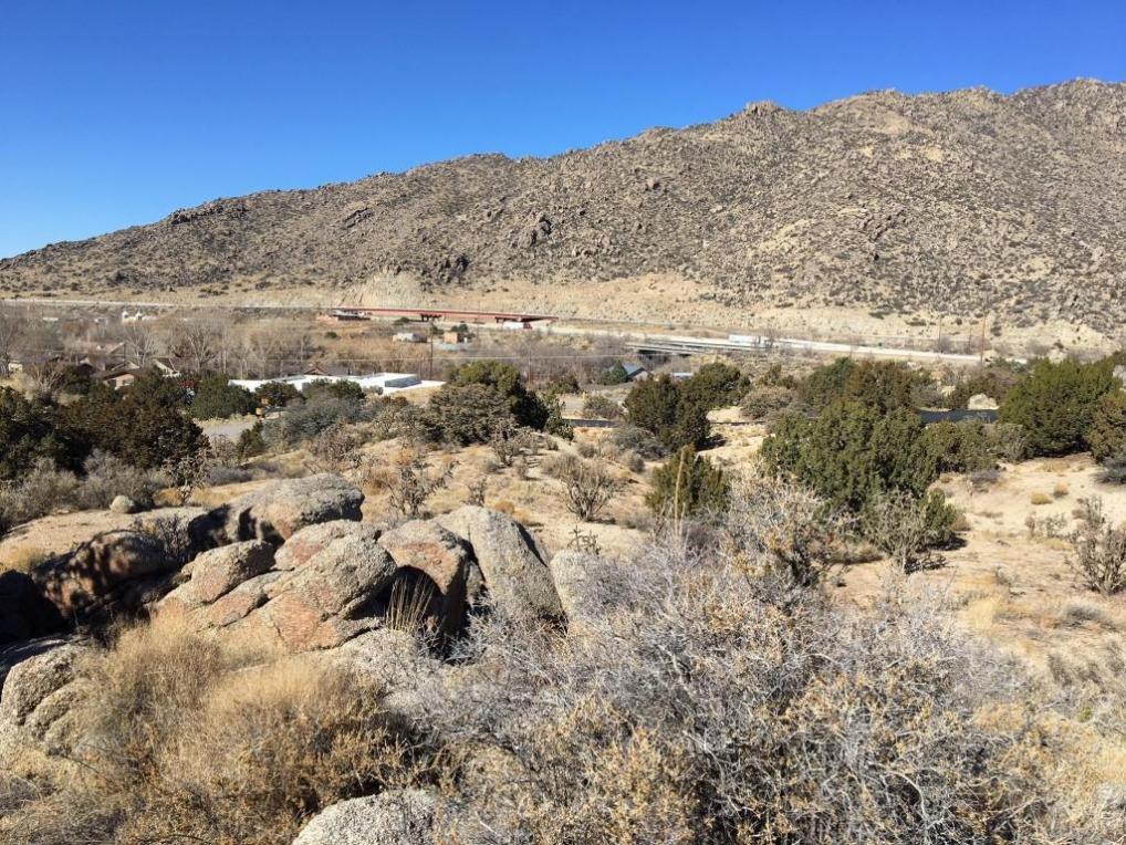 25 Golden Hills Drive SE, Albuquerque, NM 87123