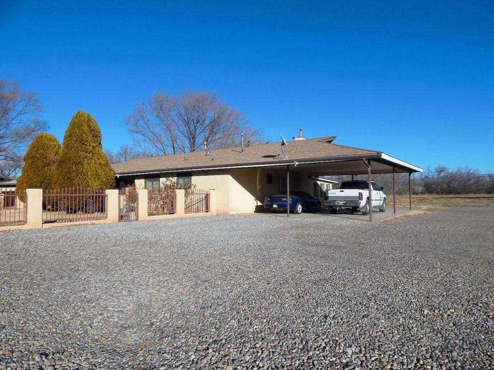 244 Los Lentes Road NE, Los Lunas, NM 87031