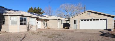 3768 Manchester Drive NW, Albuquerque, NM 87107