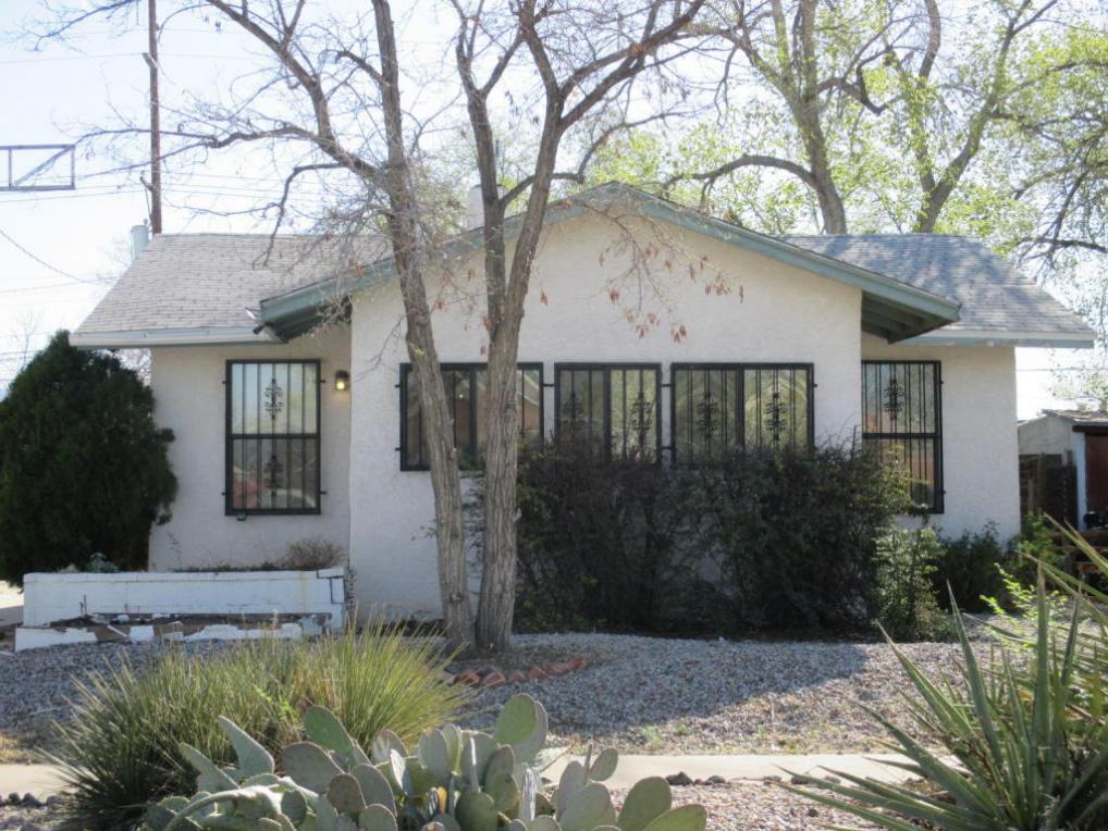 312 Harvard Drive SE, Albuquerque, NM 87106