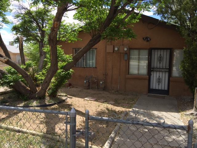 1119 Edith Boulevard NE, Albuquerque, NM 87102