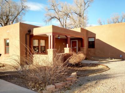Photo of 2401 Kestrel Court NW, Albuquerque, NM 87107