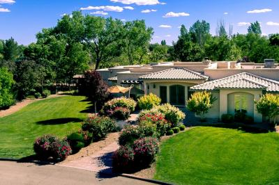 Photo of 9031 Guadalupe Trail NW, Albuquerque, NM 87114