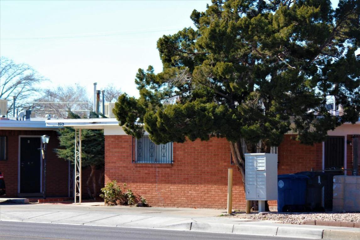 823 Louisiana Boulevard SE, Albuquerque, NM 87108