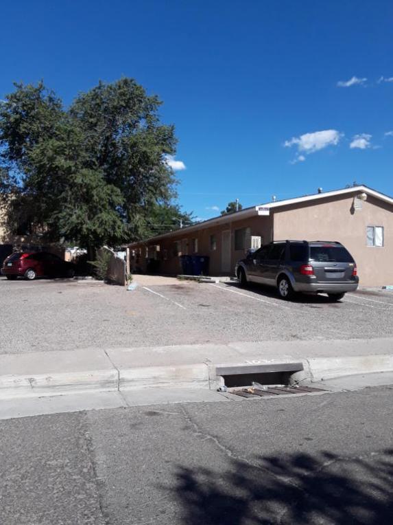 416 Texas Street NE, Albuquerque, NM 87108