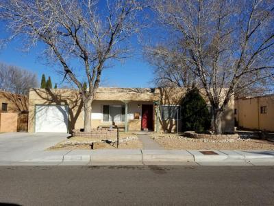 Photo of 336 Fontana Place NE, Albuquerque, NM 87108