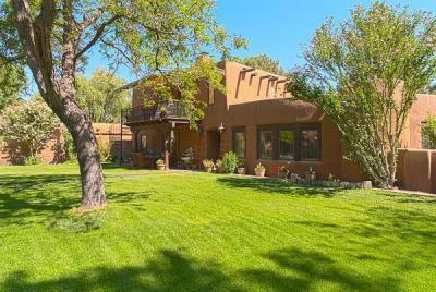 Photo of 1504 Lucyle Place NW, Albuquerque, NM 87114
