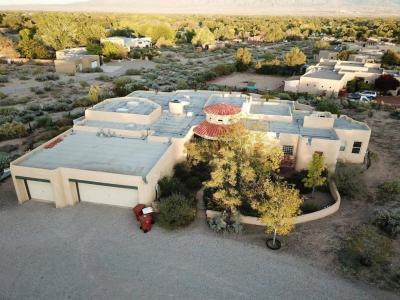 Photo of 1100 Alamos Road, Corrales, NM 87048