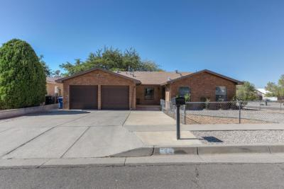 Photo of 845 La Charles Drive NE, Albuquerque, NM 87123