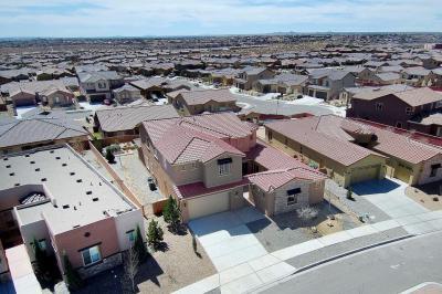 Photo of 4013 Colina Roja Lane NE, Rio Rancho, NM 87124