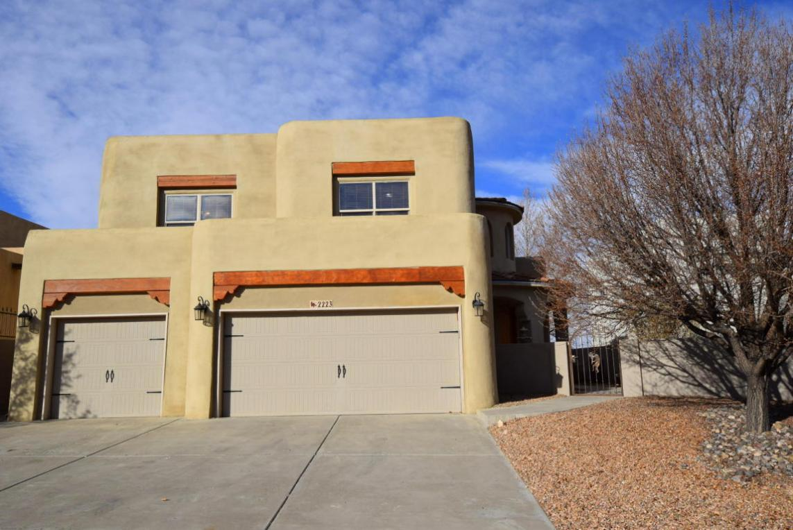 2223 Courtyard Drive NE, Albuquerque, NM 87112