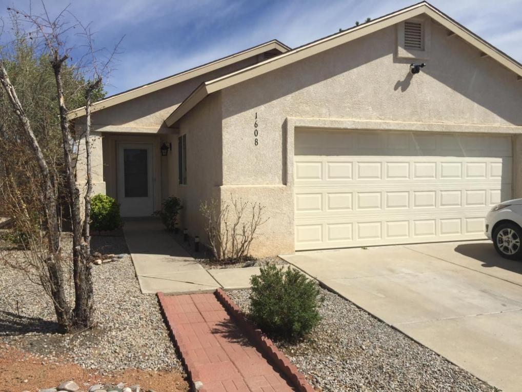 1608 Secret Valley Drive SW, Albuquerque, NM 87121