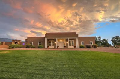 Photo of 12104 Modesto Avenue NE, Albuquerque, NM 87122