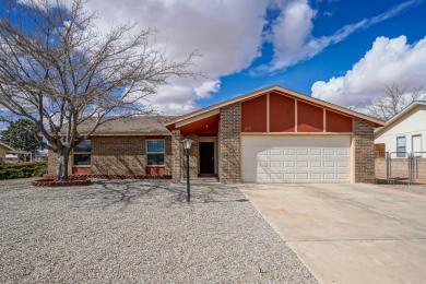 273 Trinitiy Drive NE, Rio Rancho, NM 87124