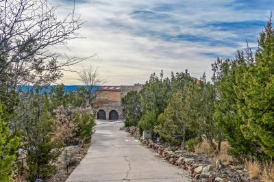 Photo of 33 Boulder Lane, Cedar Crest, NM 87008