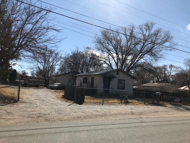 2438 Del Norte Drive SW, Albuquerque, NM 87105