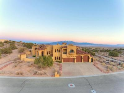 Photo of 5800 Ridgeline Place NE, Rio Rancho, NM 87144