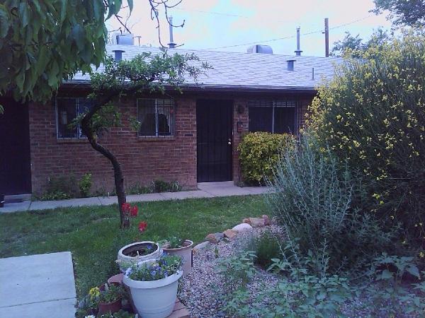 515 Valencia Drive SE #8, Albuquerque, NM 87108