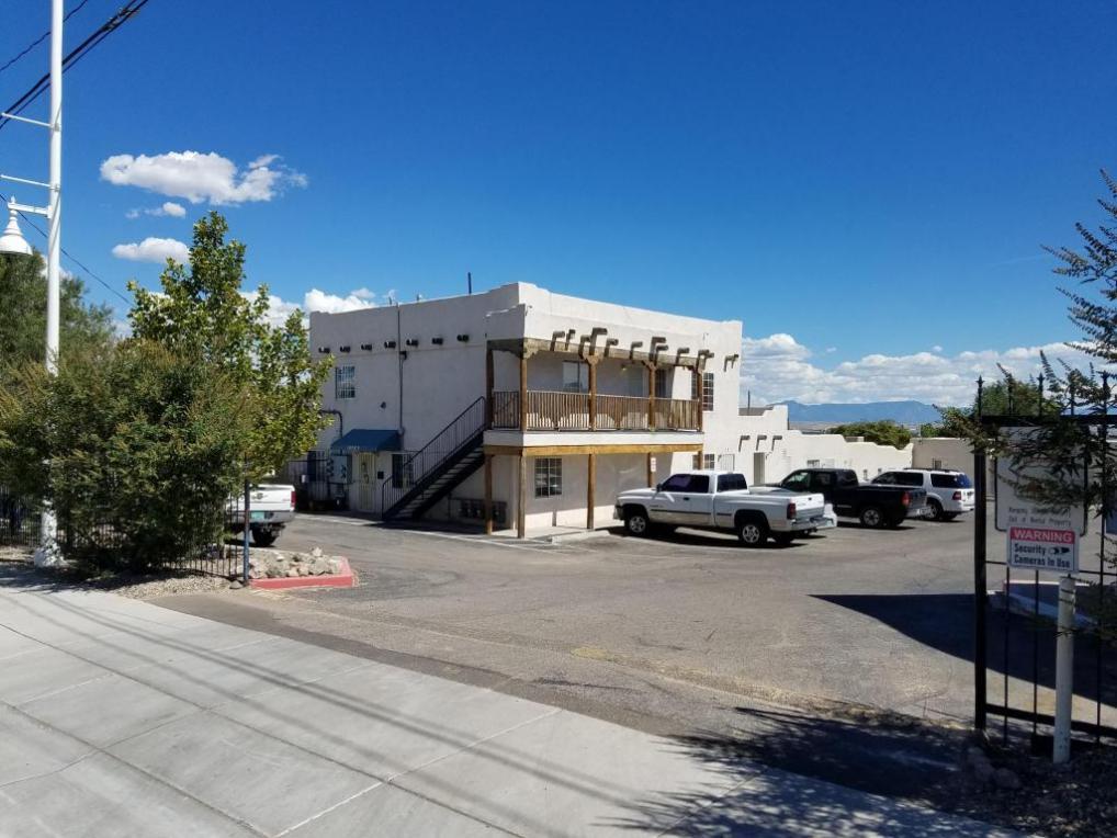 5800 Central Avenue SW, Albuquerque, NM 87121