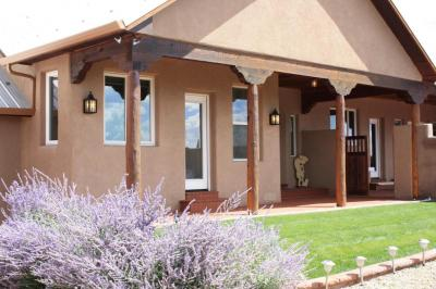 Photo of 121 Forest Rd 321, Tajique, NM 87016