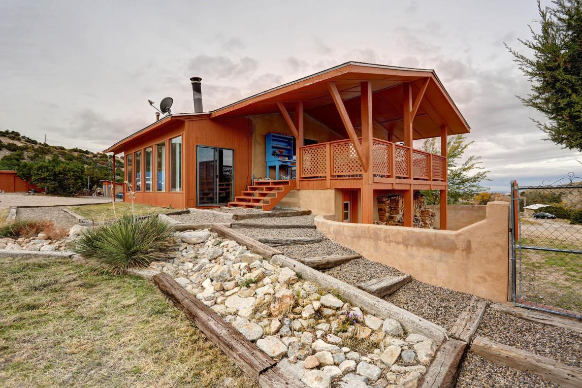 20 Davis Loop, Placitas, NM 87043