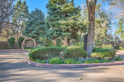 Photo of 8635 Rio Grande Boulevard NW, Los Ranchos, NM 87114