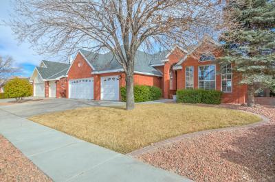 Photo of 4308 Ridgemont Avenue NW, Albuquerque, NM 87114