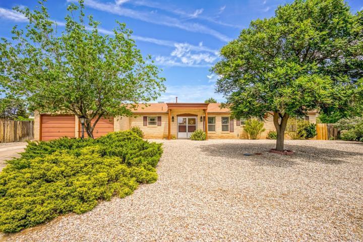 4701 La Cantora Court SE, Rio Rancho, NM 87124